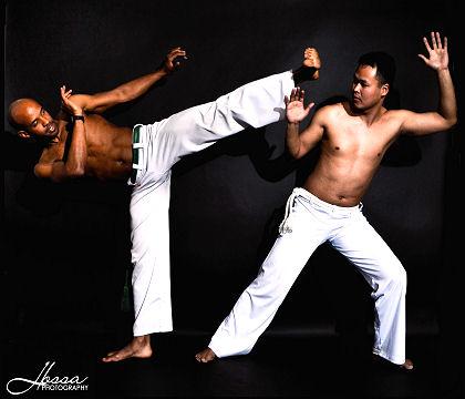 démonstration de capoeira danseurs thème du Brésil